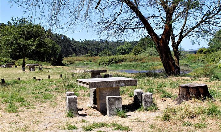 parque-de-merendas-da-barca-do-lago-fonte-boa/