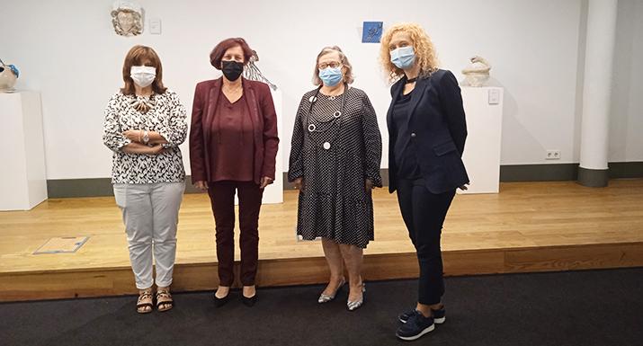 Centro de Informação Turística de  Esposende acolhe Exposição de Cerâmica de  Claire Maca