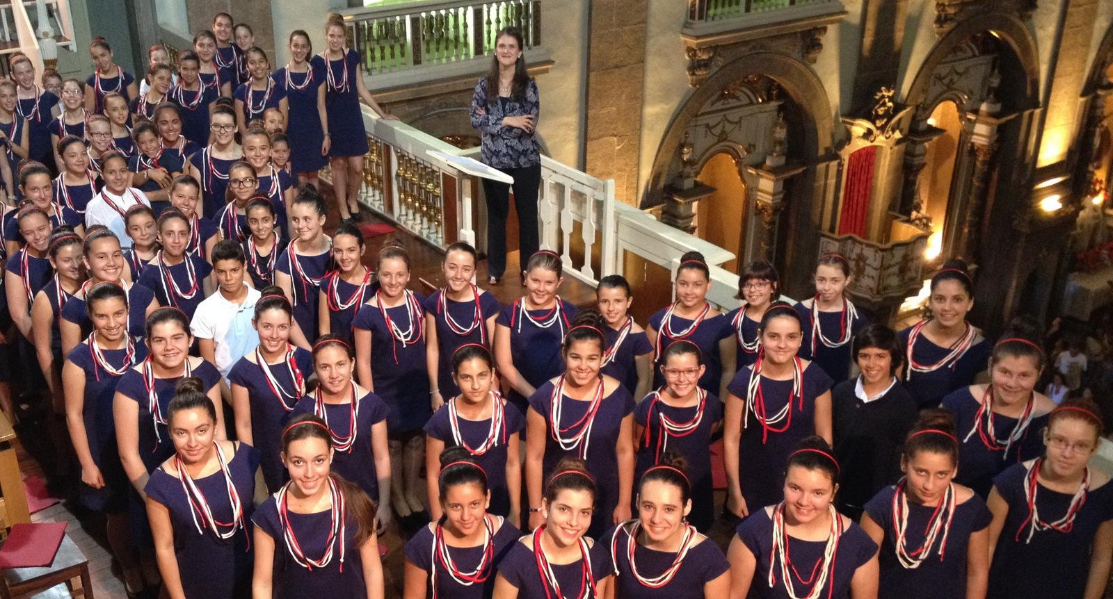Coro de Pequenos Cantores de Esposende  em Concerto de Natal