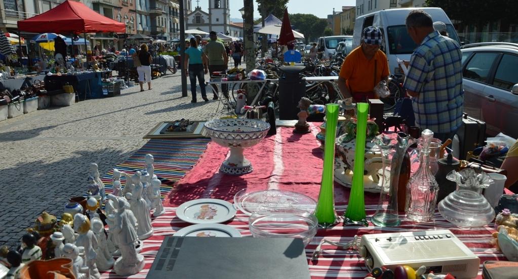 Feira de Velharias de maio evidencia selos e  postais